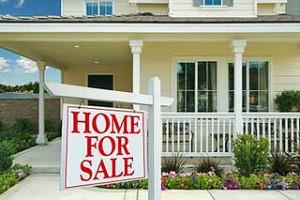 Home with Home For Sale sign in front, real estate agent austin, austin tx real estate agent, best realtor in austin