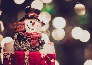 snowman figurine, christmas events in austin, austin holiday events, christmas lights in austin, austin christmas lights, austin holiday lights, zilker tree, trail of lights, mozarts, austin real estate agent